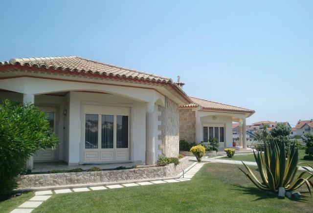 villa-194671_960_720.jpg