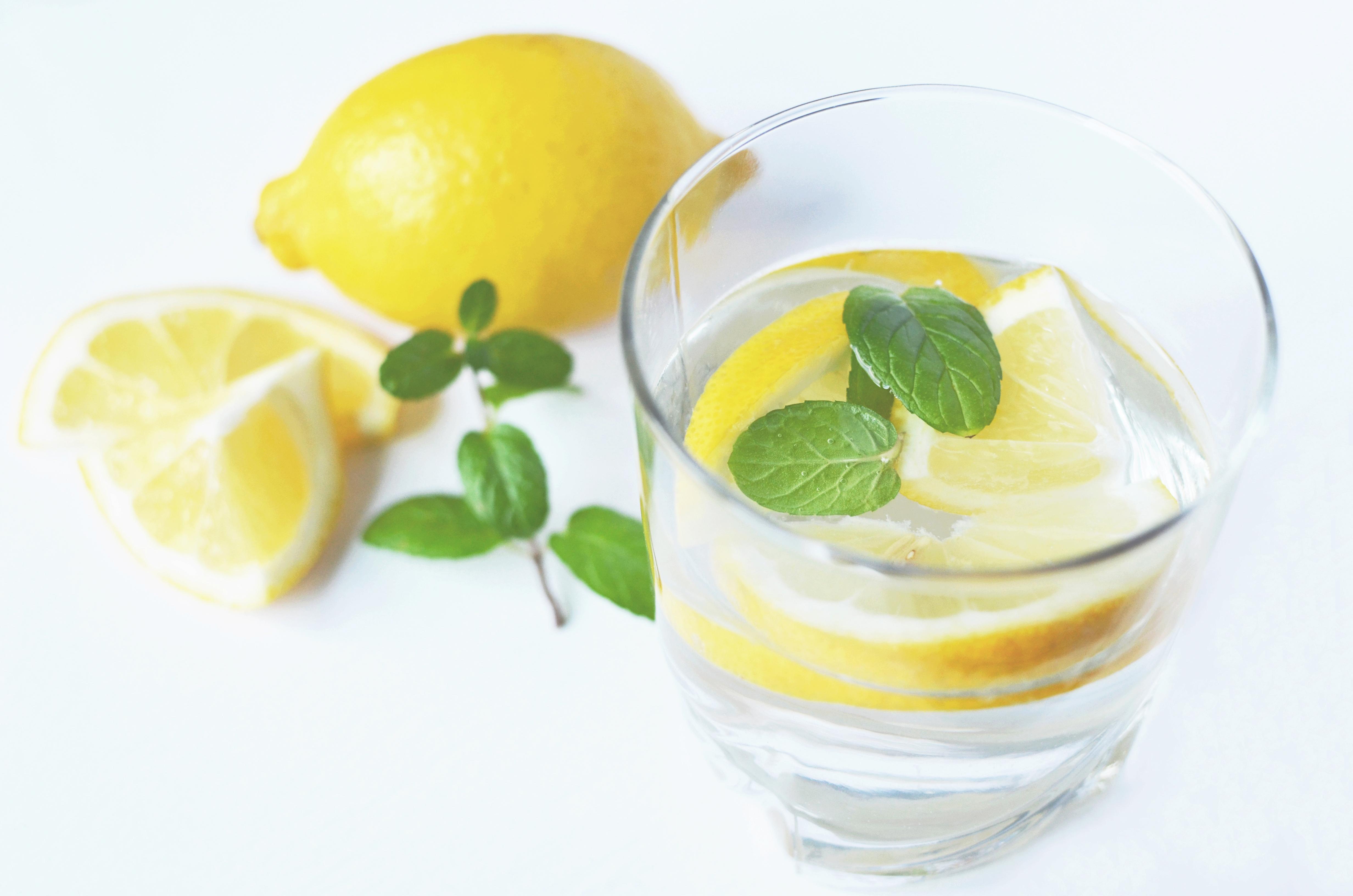 Минералка с лимоном для похудения: отзывы